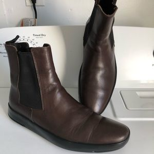 PRADA Made in Italy Chelsea Boots Brown Leather